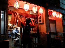 Japan's 'izakaya' dining bars, wedding halls feeling COVID pinch