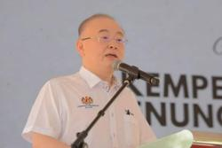 Dr Wee: Vehicle age limit of tour buses extended to 15 years, subject to conditions