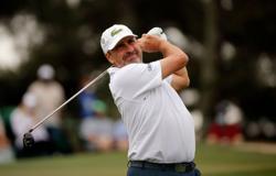 Golf: Olazabal dedicates Masters cut to late compatriot Ballesteros