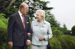 World leaders including Malaysia's King, Queen and PM pay tribute to Prince Philip