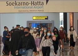 Travel corridor arrangements: economic or health interests first?
