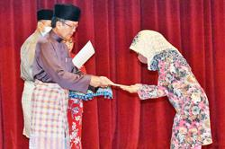 Brunei's new citizens called to uphold peace, security of country