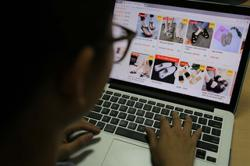 Vietnam: More people in rural areas following the current wave - going shopping online