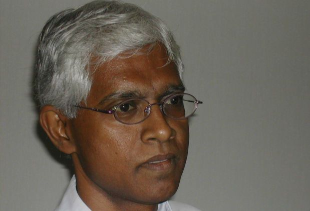 """Malaysian Institute of Economic Research (MIER) senior research fellow Shankaran Nambiar (pic) told StarBiz that semiconductor and electronic manufacturers had ordered more than necessary. """"They stocked up over the past nine months because they had worried about a shortage situation.\"""""""