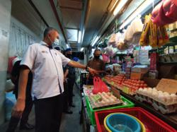 No food supply shortages expected during fasting month in Perak