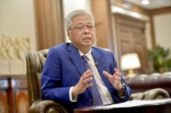 Eateries allowed to open until 6am during Ramadan, says Ismail Sabri