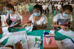 Philippines: Officials confident arrivals of vaccines will control current wave; 11,378 new Covid-19 cases, total surpasses 876,000