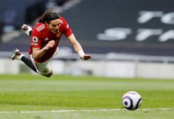Cavani proves he is Man Utd's best bet as lead striker