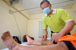 'Blind massage therapists need vaccine lifeline'