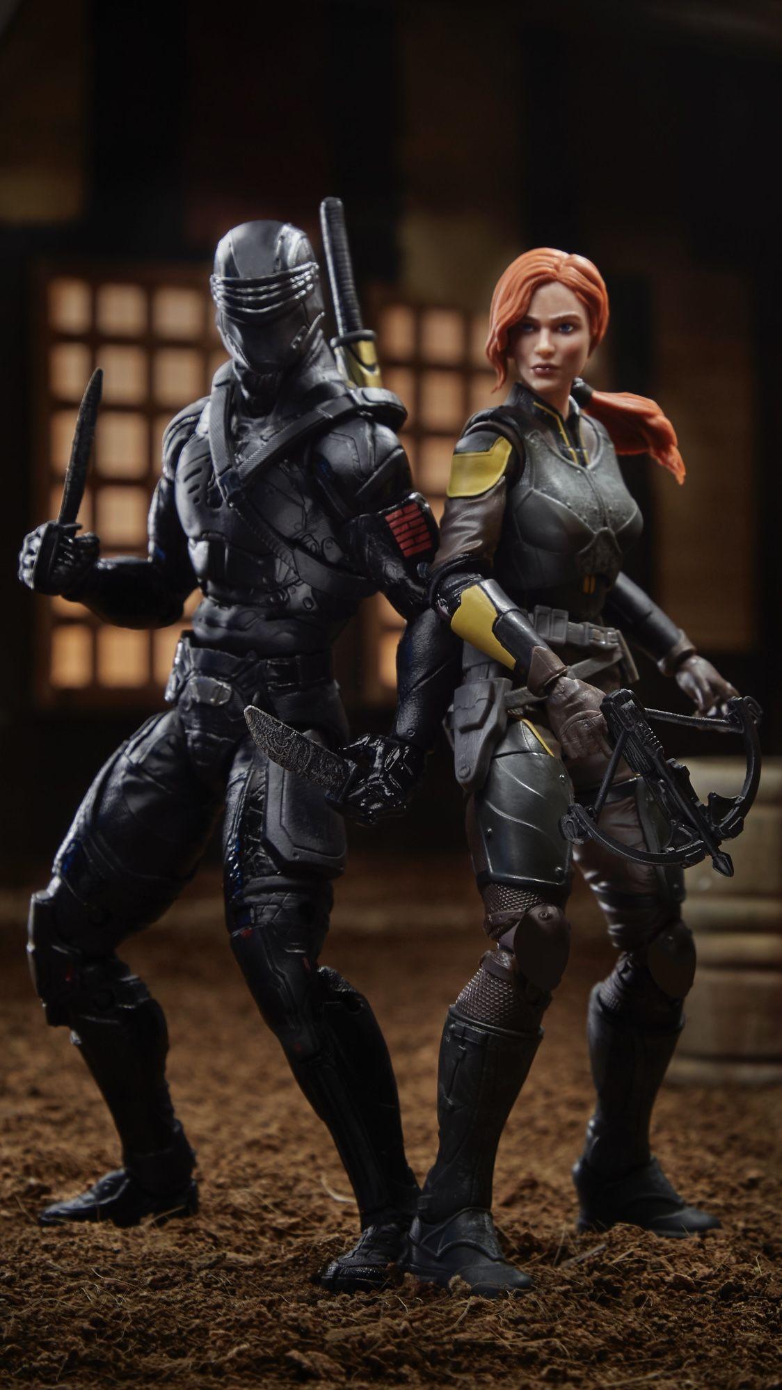 Snake Eyes and Scarlett action figure