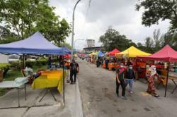 Local councils now authorised to issue compounds for SOP non-compliance at Ramadan bazaars