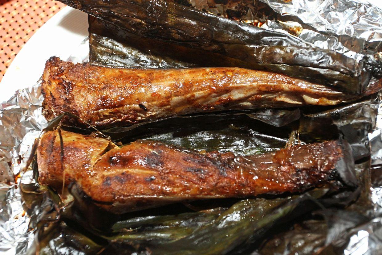Ikan Bakar Berempah features smoked stingray.