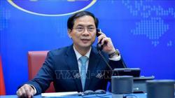 New Vietnam FM holds talks with Australian, Malaysian, Philippine counterparts