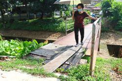 Taman Intan Baiduri bridges in need of urgent repairs