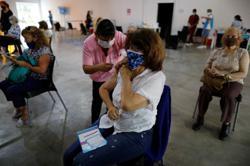 Argentine tensions erupt over coronavirus lockdowns as cases spike