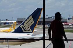 Singapore Air to stop flying transit passengers to Hong Kong