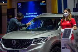 Indonesia hods the first international motor show in Jakarta amid COVID-19 pandemic