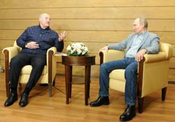 Russia and Belarus detain two Lukashenko critics, one a dual US citizen