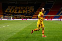 Soccer-Messi fires Barca to Cup final win over Athletic Bilbao