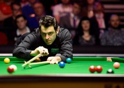 Snooker: World champion O'Sullivan wins as fans return to Crucible