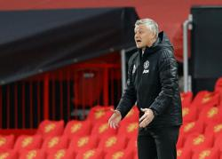 Soccer: Man Utd's Solskjaer says no problem with documentary on Pogba's life