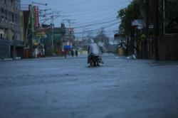 Philippines warns of floods and landslides as Surigae becomes a super typhoon, major alerts raised