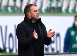 Soccer-Bayern unhappy with coach Flick's announcement