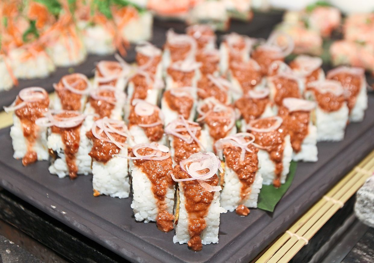 Sushi with a twist in this Chicken Satay Roll.
