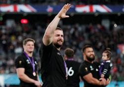 All Blacks hooker Coles recommits through to 2023 World Cup