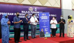 Phase two will see 268,000 receive Covid-19 vaccine in Sabah, says minister