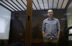 Navalny camp awaits health update, says there's