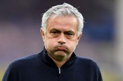 AP Source: Tottenham fires manager Jose Mourinho