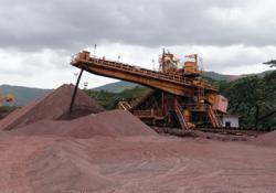 Iron ore pushes higher on steel orders