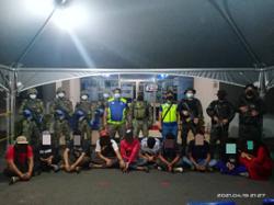 Esscom nabs 10, including eight illegals, in night raid