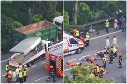 Singapore expressway accident leaves 1 foreign worker dead, 16 injured