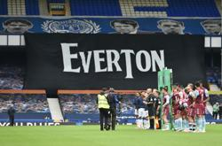 Soccer-Premier League clubs hit out at Big Six for Super League plans