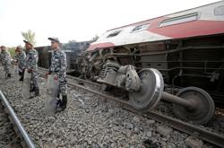 Egypt's Sunday train accident killed 23, says public prosecutor