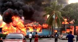 Fire razes 30 squatter houses in morning blaze