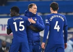 Soccer-Chelsea and Liverpool face fight to qualify for Champions League on merit