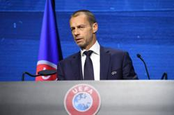 UEFA chief praises UK PM Johnson and 'fan revolution'