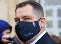 Czechs order Russia to pull out most embassy staff in worsening spy row