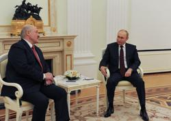 Opposition fears sellout as Belarus leader holds talks with Putin