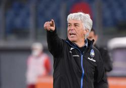 Cristante stunner earns Roma draw with 10-man Atalanta