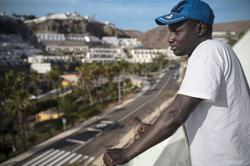 British-Norwegian couple offers shelter to migrants on Canary Islands