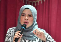 Rina Harun: It's unacceptable to conduct period spot checks in schools