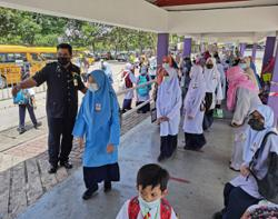 Covid-19: It's up to Education Ministry to decide on school closure, says Ismail Sabri