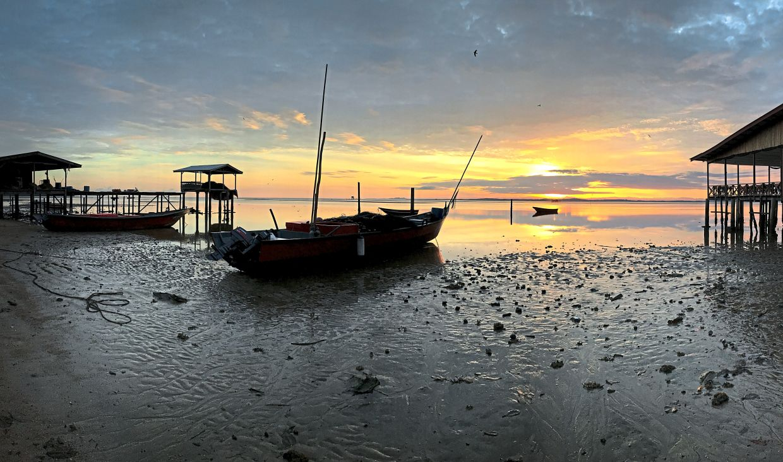 A scenic view of  Kampung Tanjung Aru Nelayan in Labuan. — Bernama