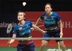 It's a mad rush for Vivian-Chiew Sien ahead of their debut as a pair
