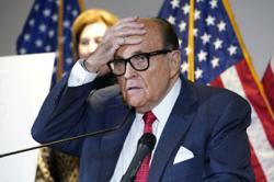 Former NY Mayor Rudy Giuliani earns Razzie award for worst movie performance