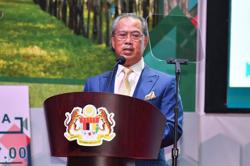 PM: Almost RM190mil in dividends for palm oil, rubber smallholders